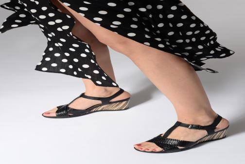 Sandales et nu-pieds Geox D DOROTHEA E D928TE Marron vue bas / vue portée sac