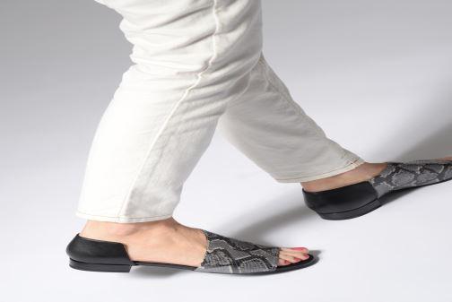 Sandales et nu-pieds Geox D WISTREY SANDAL A D724HA Noir vue bas / vue portée sac