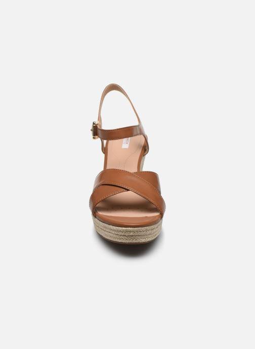 Sandalen Geox D SOLEIL A D92N7A braun schuhe getragen