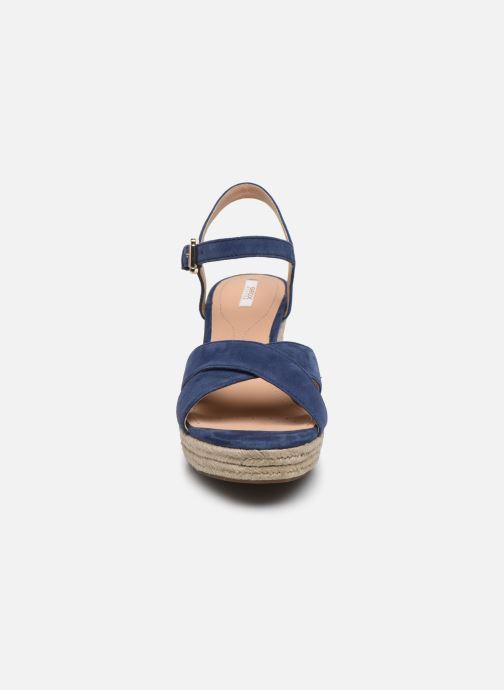 Sandales et nu-pieds Geox D SOLEIL A D92N7A Bleu vue portées chaussures