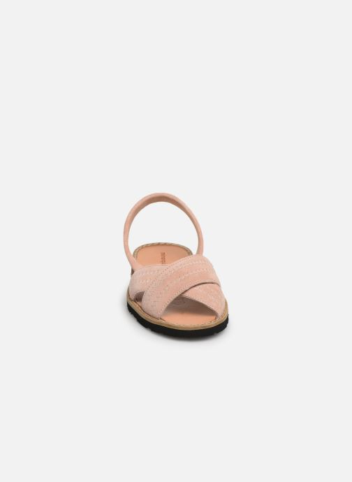Sandales et nu-pieds MINORQUINES Avarca Berlin Rose vue portées chaussures