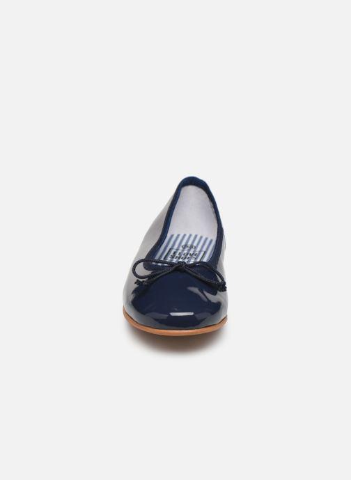 Bailarinas I Love Shoes Boreli Leather Azul vista del modelo