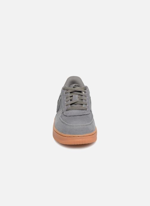 Sneakers Nike Force 1 Lv8 Style (Ps) Marrone modello indossato
