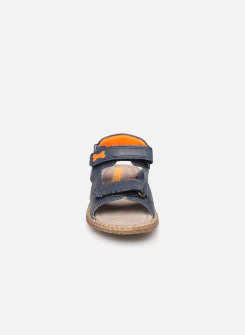 Sandales et nu-pieds Stones and Bones Dado Bleu vue portées chaussures