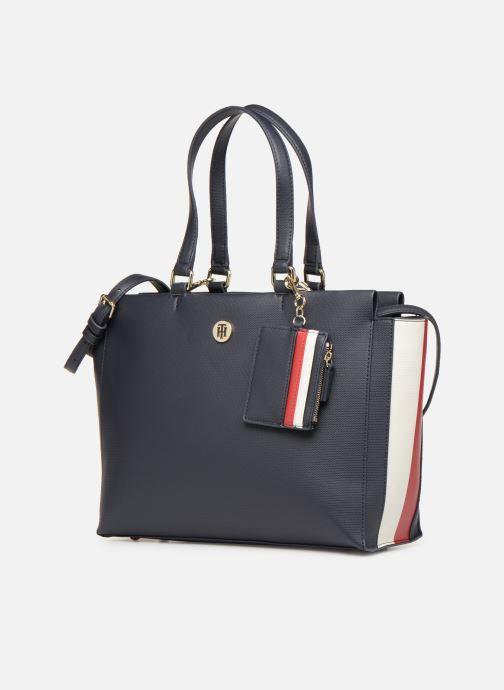 Bolsos de mano Tommy Hilfiger EFFORTLESS SAFFIANO EW TOTE Azul vista del modelo