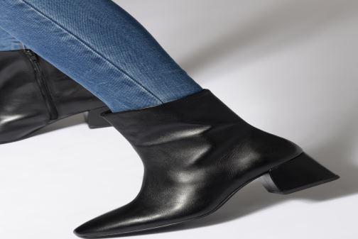 Bottines et boots Vagabond Shoemakers Alice 4516-001 Rouge vue bas / vue portée sac