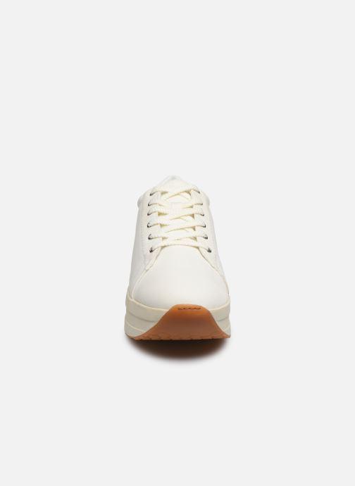 Baskets Vagabond Shoemakers Casey 4722-280 Blanc vue portées chaussures
