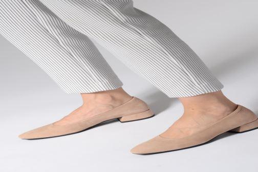 Pumps Vagabond Shoemakers Joyce 4708-040 beige ansicht von unten / tasche getragen