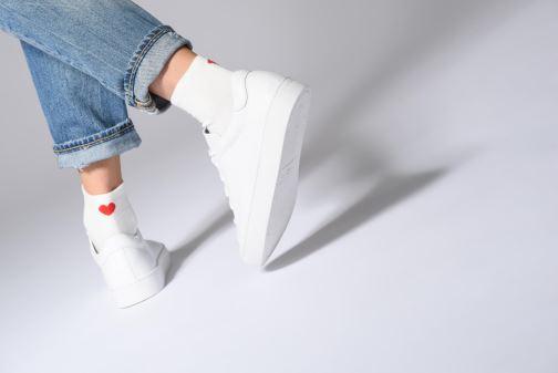 Sneaker Vagabond Shoemakers Zoe 4426-001 weiß ansicht von unten / tasche getragen