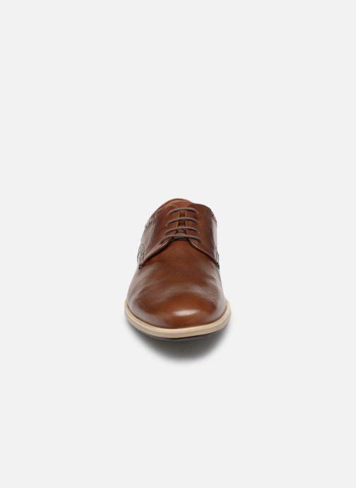 Chaussures à lacets Geox U BLAINEY B U926QB Marron vue portées chaussures