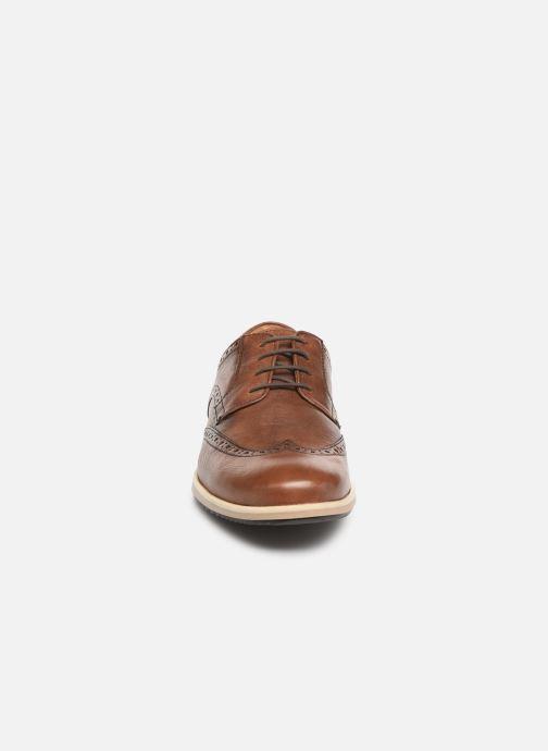 Snörade skor Geox U BLAINEY A U926QA Brun bild av skorna på
