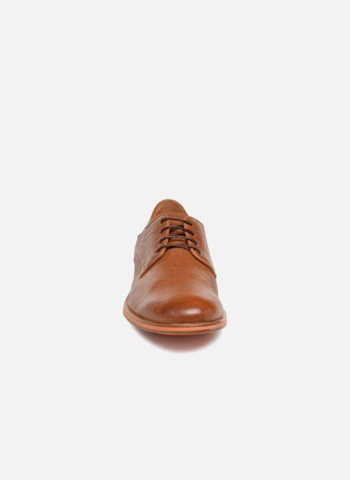 Chaussures à lacets Geox U BAYLE B U927CB Marron vue portées chaussures