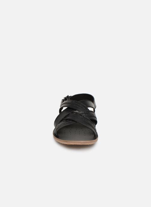 Sandales et nu-pieds Geox U ARTIE B U92V1B Noir vue portées chaussures