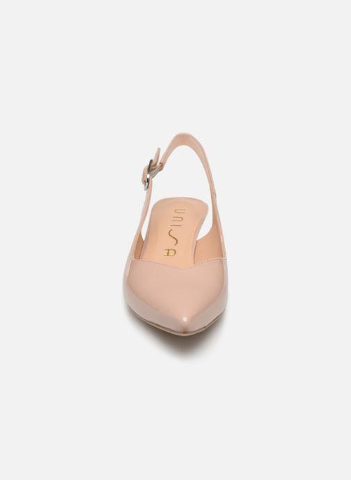 Zapatos de tacón Unisa JOPELIN Beige vista del modelo