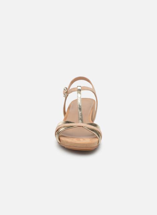 Sandales et nu-pieds Unisa BIRINA Beige vue portées chaussures
