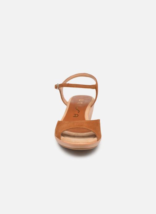 Sandales et nu-pieds Unisa ISMO Marron vue portées chaussures