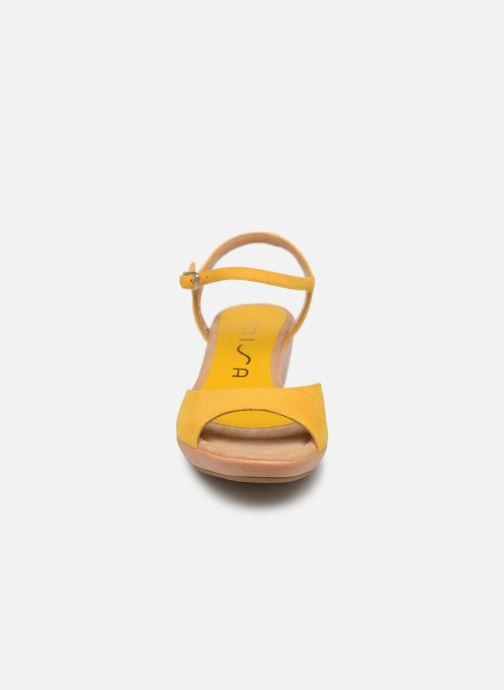 Sandales et nu-pieds Unisa ISMO Jaune vue portées chaussures