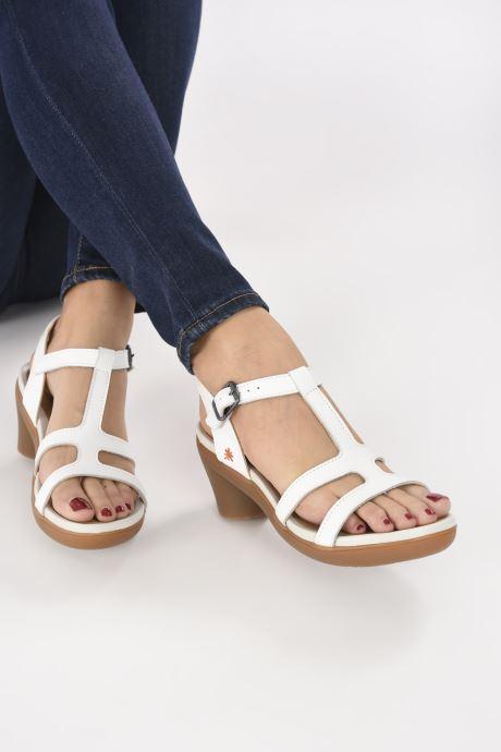 Sandales et nu-pieds Art Alfama 1473 Blanc vue bas / vue portée sac