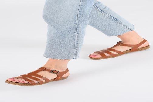 Sandales et nu-pieds Art Creta 1254 Noir vue bas / vue portée sac