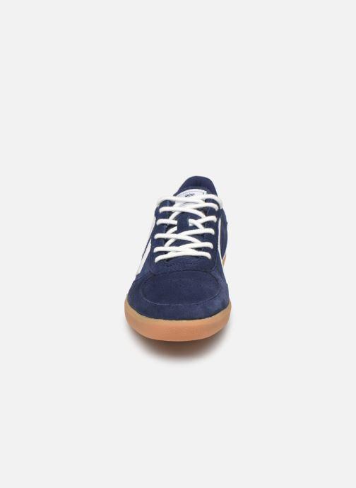 Baskets Hummel VICTORY SUEDE JR Bleu vue portées chaussures
