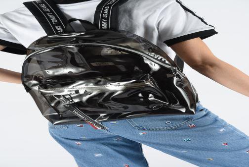 Rucksäcke Tommy Hilfiger TJU LOGO TAPE BACKPACK TRAN schwarz ansicht von unten / tasche getragen
