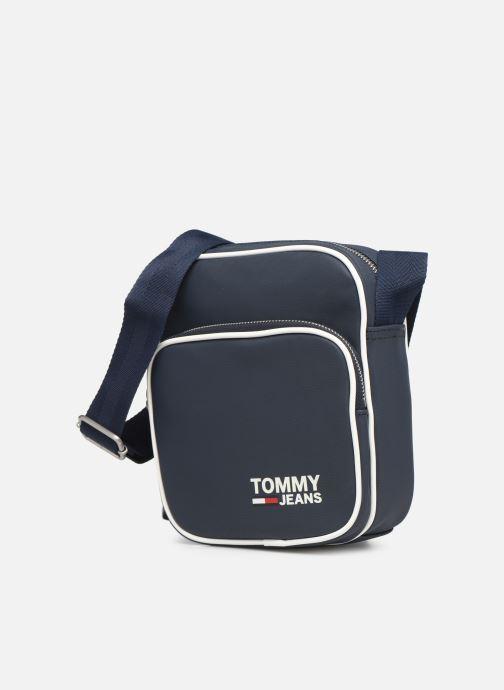 Borse uomo Tommy Hilfiger TJM MODERN PREP MINI REPORTER Azzurro modello indossato