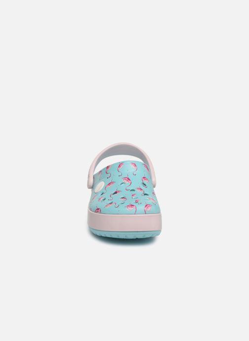 Sandales et nu-pieds Crocs Crocband MultiGraphic Clog K Bleu vue portées chaussures