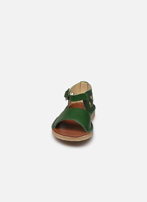 Sandali e scarpe aperte Young Soles Mavis Verde modello indossato