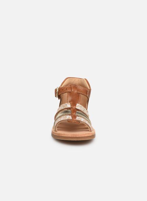Sandales et nu-pieds Minibel Seglaet Marron vue portées chaussures