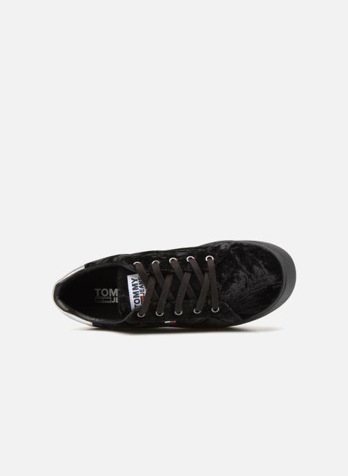 Sneakers Tommy Hilfiger TOMMY JEANS CRUSH VELVET SNEAKER Zwart links