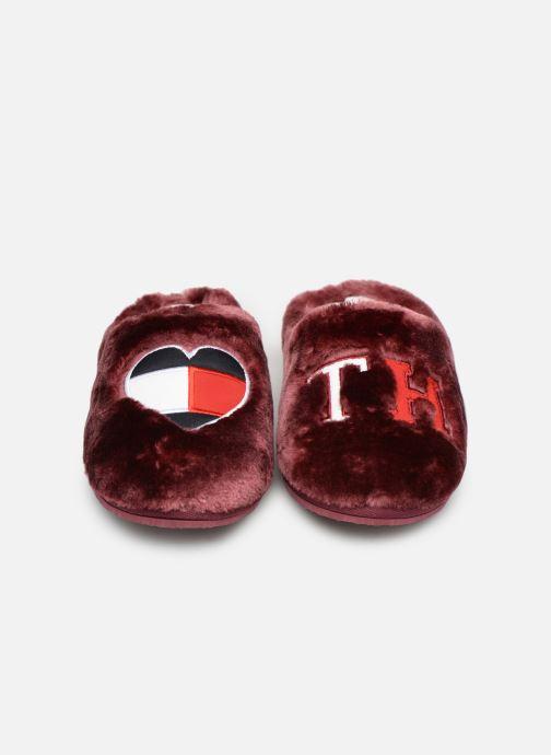 Hjemmesko Tommy Hilfiger LOVE TOMMY HOME SLIPPER Bordeaux se skoene på