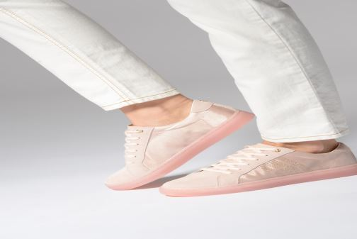 Trainers Tommy Hilfiger SPARKLE SATIN ESSENTIAL SNEAKER White view from underneath / model view
