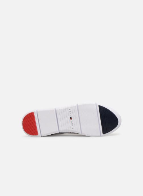 Trainers Tommy Hilfiger TOMMY ESSENTIAL LEATHER SNEAKER Silver view from above