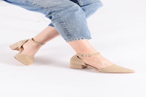 Escarpins Vagabond Shoemakers Mya 4519-040 Beige vue bas / vue portée sac