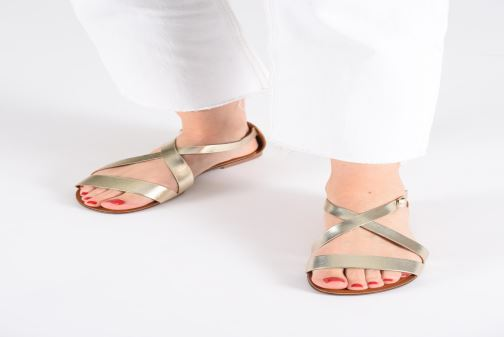 Sandals Vagabond Shoemakers Tia 4531-083 Bronze and Gold view from underneath / model view