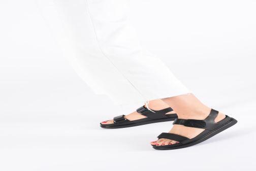 Sandales et nu-pieds Vagabond Shoemakers Erin 4532-101 Noir vue bas / vue portée sac
