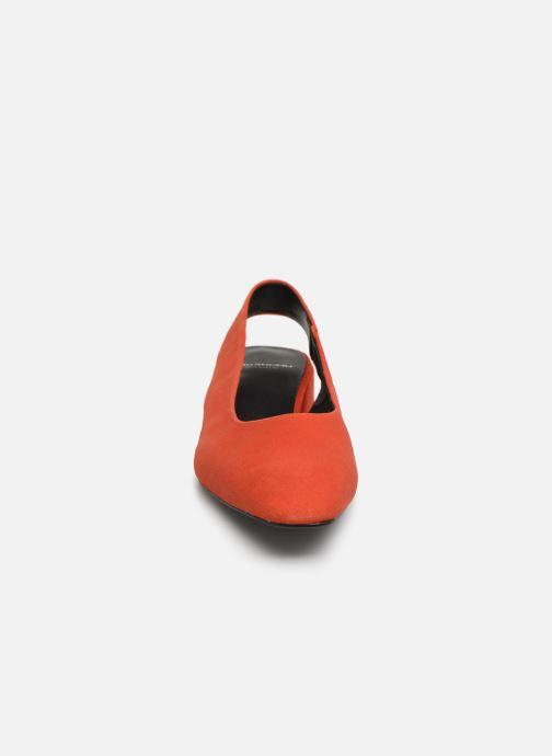 Ballerine Vagabond Shoemakers Joyce 4708-140 Rosso modello indossato