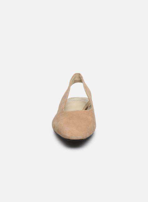 Ballerines Vagabond Shoemakers Joyce 4708-140 Beige vue portées chaussures