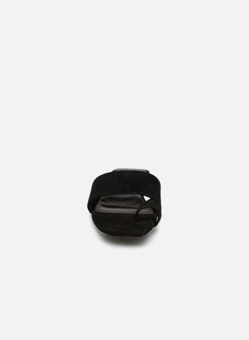 Zoccoli Vagabond Shoemakers Becky 4715-240 Nero modello indossato