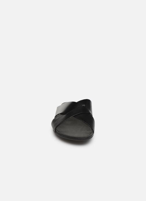 Mules et sabots Vagabond Shoemakers Tia 4731-301 Noir vue portées chaussures