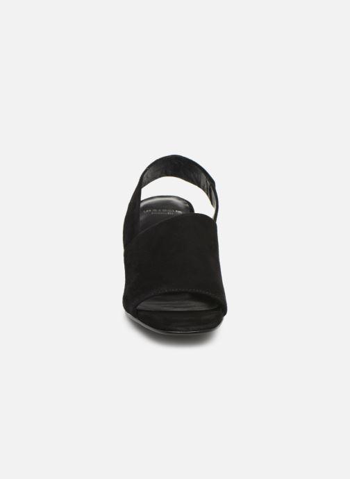 Sandali e scarpe aperte Vagabond Shoemakers Elena 4735-040 Nero modello indossato