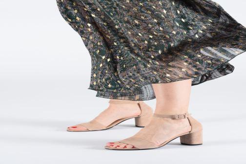 Sandalen Vagabond Shoemakers Penny 4738-040 beige ansicht von unten / tasche getragen