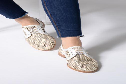 Chaussures à lacets Anaki PALERMO Or et bronze vue bas / vue portée sac