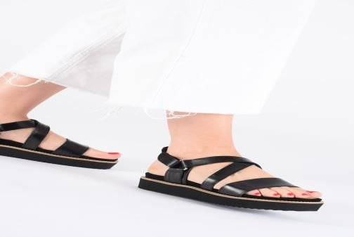 Sandales et nu-pieds Anaki NOCCIA Noir vue bas / vue portée sac