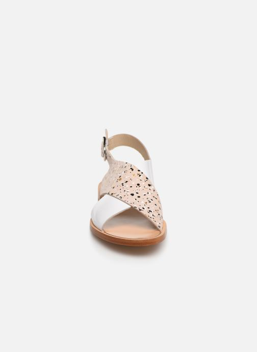 Sandalen Anaki AUSTIN beige schuhe getragen