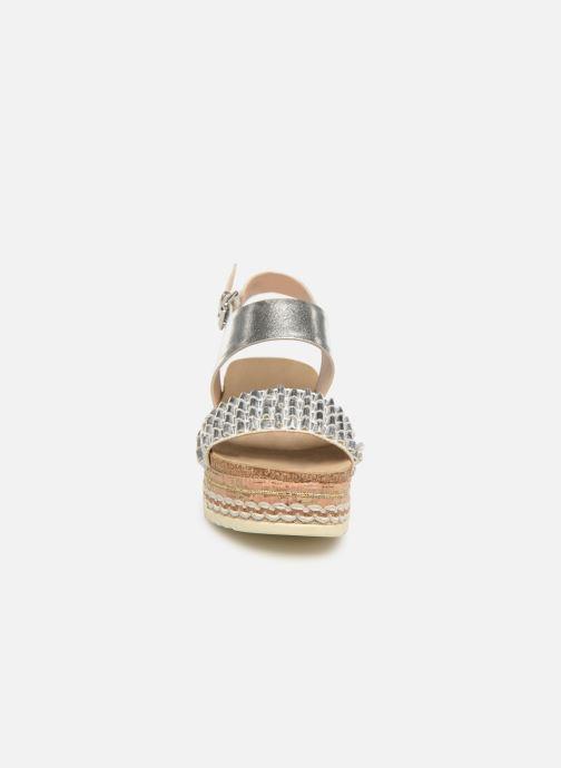 Sandales et nu-pieds Bullboxer 886028F2L Argent vue portées chaussures