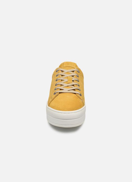 Trainers Bullboxer 987000E5C Yellow model view