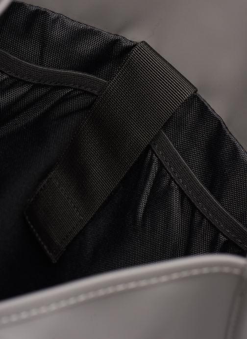 Rucksäcke Rains  Backpack grau ansicht von hinten