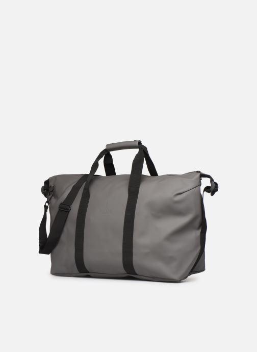 Bolsas de deporte Rains  Weekend Bag Gris vista del modelo