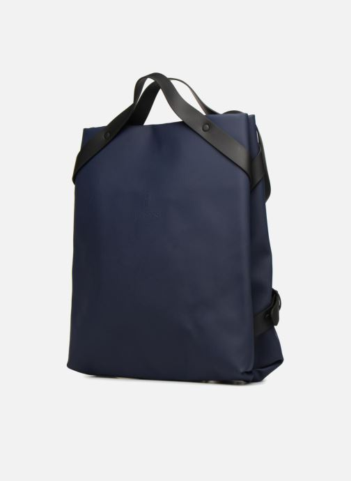 Sacs à dos Rains  Shift Bag Bleu vue portées chaussures